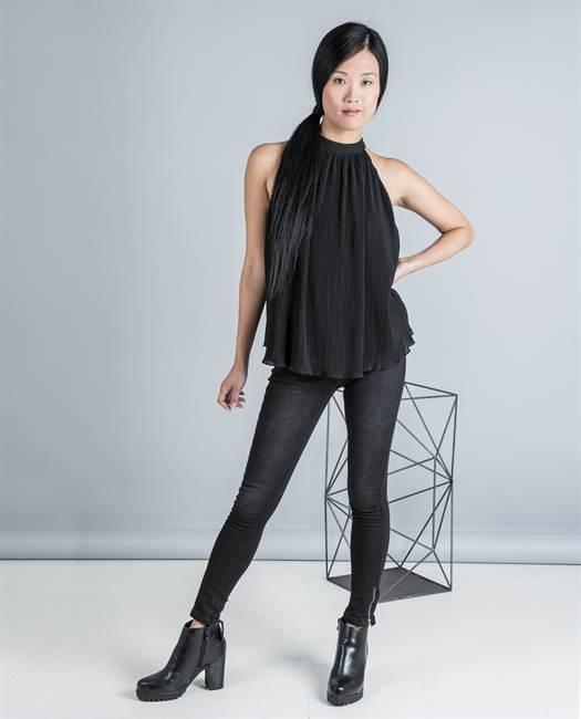 blusa-plisada-cuello-okeysi-16e